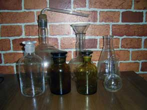 Колбы и склянки для алхимической работы